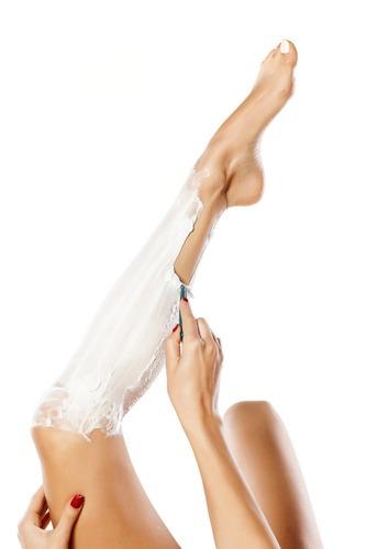 Антибактериальное и дезинфицирующее действие мази Илон против прыщей после бритья. Ухоженные ножки.