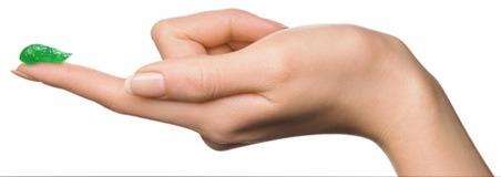 Зеленая мазь Илон для лечения акне и других воспалений на коже - на растительной основе